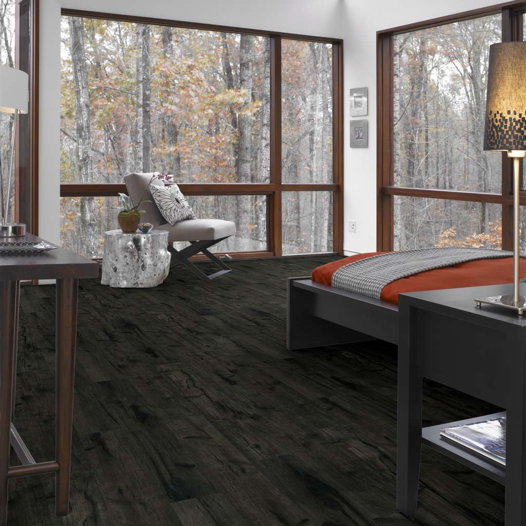 Brand: Shaw | Style: Harbour Towne Laminate | Color: Midnight Hickory