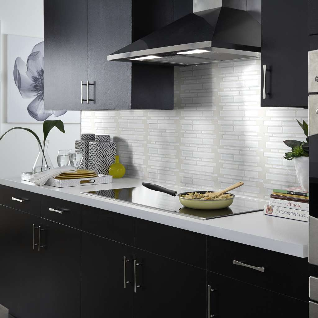 Brand: Shaw | Style: Atomic Glass | Color: Ice