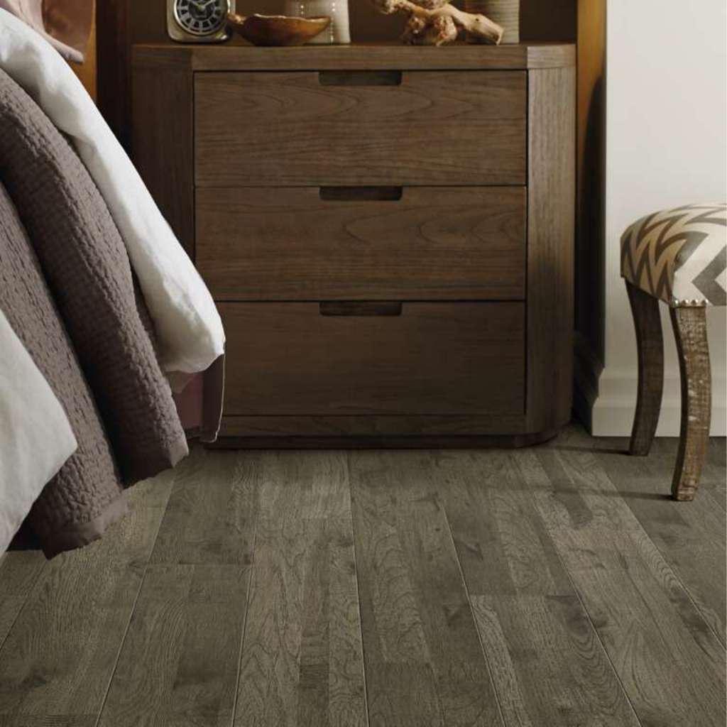Brand: Shaw | Style: Tahoe Hickory | Color: Barrington Hickory